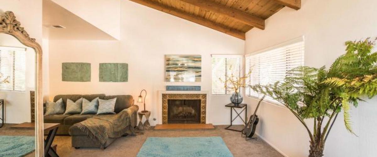 Alamar Ave, Santa Barbara, California 93105, 2 Bedrooms Bedrooms, ,2 BathroomsBathrooms,Condo,SOLD,Alamar Ave,1004